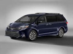 New 2020 Toyota Sienna XLE 8 Passenger Van Passenger Van Arlington, TX