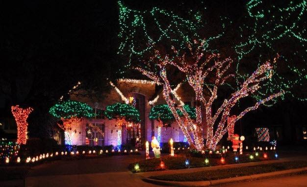 - Come See Arlington's Interlochen Christmas Lights