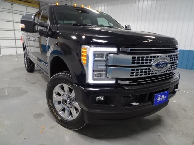 2017 Ford F-350SD Platinum Truck