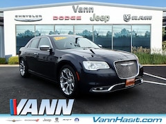 2017 Chrysler 300 300C Platinum RWD