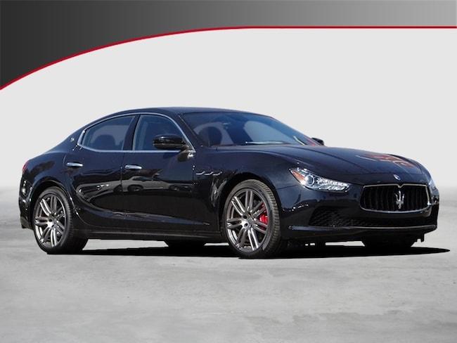 2017 Maserati Ghibli Base Sedan NQH226455B