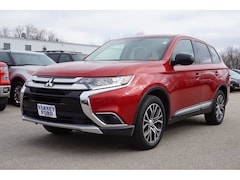 2017 Mitsubishi Outlander ES AWD ES  SUV