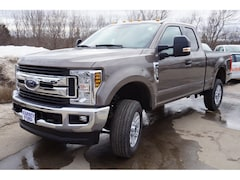 2018 Ford F-250 XLT 4x4 XLT  SuperCab 6.8 ft. SB Pickup