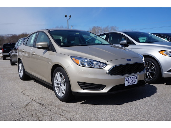 2017 Ford Focus SE SE  Sedan