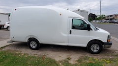 2010 Chevrolet Express G3500 4.8L V8 Bubble Van Commercial