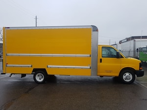 2012 GMC Savana 3500 G3500 16Ft V8 Gas + Ramp Commercial