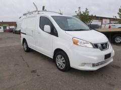 2014 Nissan NV200 SV 2.0L 4cyl + Navigation & Roof Rack Commercial
