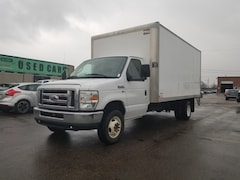 2015 Ford E-450 16Ft 5.4L V8 Gas + Lift Gate - TWO To Choose Commercial