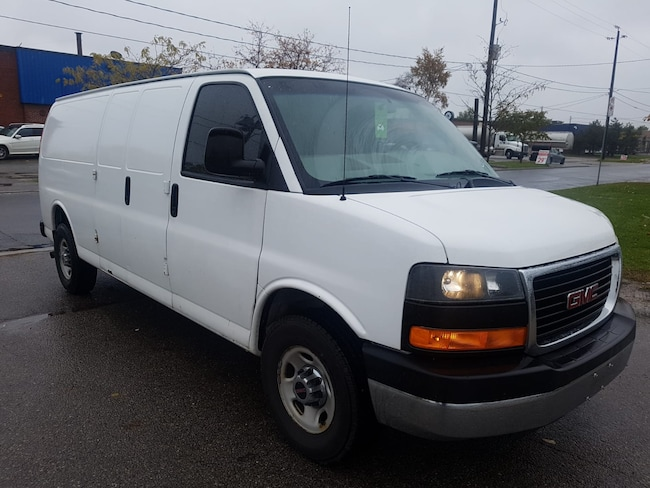 2012 GMC Savana 2500 G2500 Extended Wheel Base 4.8L V8 Commercial