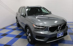New 2019 Volvo XC40 T5 Momentum SUV YV4162UK7K2156776 for Sale in Peoria, IL