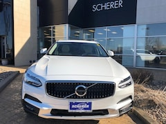 New 2019 Volvo V90 Cross Country T5 Wagon YV4102NK7K1081678 for Sale in Peoria, IL