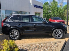 New 2019 Volvo XC90 T5 Momentum SUV YV4102PK3K1486336 for Sale in Peoria, IL
