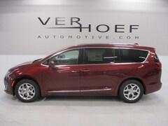 2020 Chrysler Pacifica TOURING L Passenger Van for sale near Sioux City