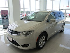New 2019 Chrysler Pacifica for sale near Sioux City