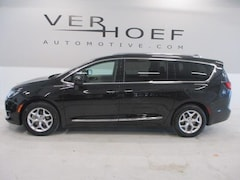 Used 2018 Chrysler Pacifica for sale near Sioux City