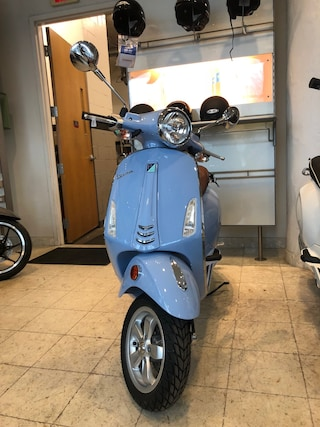 New 2019 Vespa PRIMAVERA50 49CC 1900032 Boston, MA