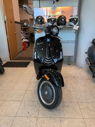 Used motorbike 2013 VESPA 946 Scooter for sale near you in Boston, MA