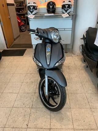 New 2019 Piaggio LIBERTY 150 S Scooter 1901065 for sale near you in Boston, MA