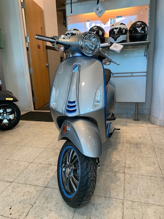 New 2020 Vespa ELETTRICA Electric 2000030 for sale near you in Boston, MA