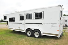 2007 Sundowner Trailers 3 Horse with 8' L.Q