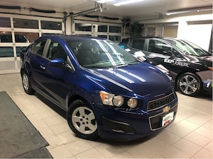2013 Chevrolet Sonic LT - LOCAL TRADE / WINTER TIRES / ACCIDENT-FREE