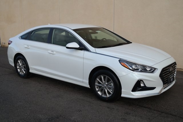 Featured New 2019 Hyundai Sonata SE Sedan 5NPE24AF6KH744119 for sale near you in Victorville, CA