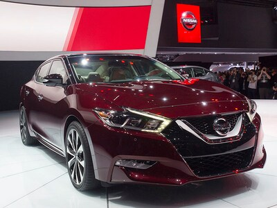 Test drive the new 2016 Nissan Maxima today at Victory Nissan of Dickson serving Nashville TN