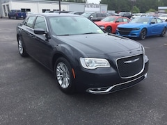 2019 Chrysler 300 TOURING Sedan 2C3CCAAG8KH648291