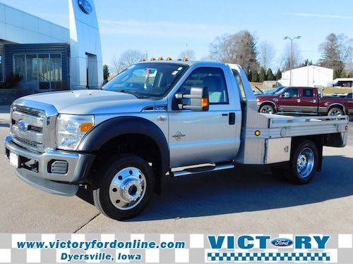 2015 Ford F-550 Chassis Truck