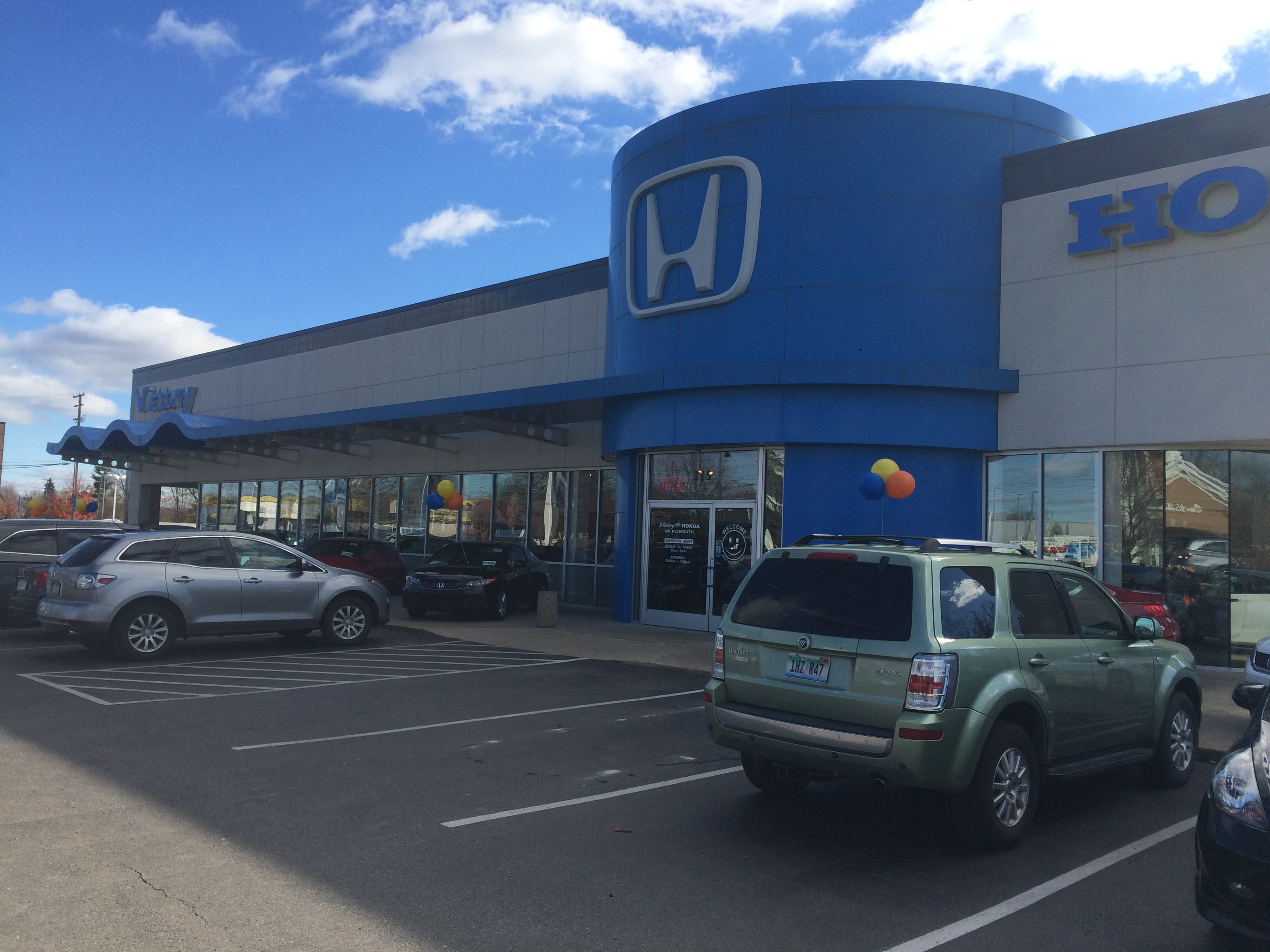 Proud Honda Dealership serving Westland MI
