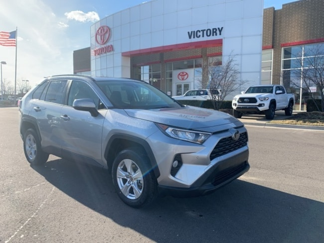 New 2019 Toyota RAV4 XLE SUV JTMP1RFV4KJ030425 JTMP1RFV4KJ030425 for sale near Detroit MI