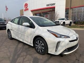 New 2019 Toyota Prius XLE AWD-e Hatchback JTDL9RFU1K3001726