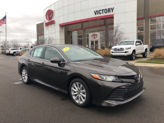 Used 2018 Toyota Camry LE Sedan 4T1B11HK1JU093490 for sale near Detroit MI