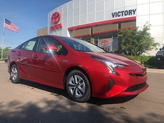 New 2018 Toyota Prius Four Hatchback JTDKARFU6J3554633