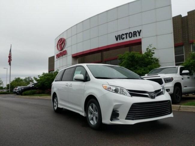 New 2020 Toyota Sienna LE 8 Passenger Van Passenger Van 5TDKZ3DC6LS031081 5TDKZ3DC6LS031081 for sale near Detroit MI