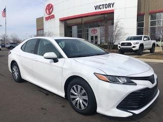 New 2019 Toyota Camry L Sedan 4T1B11HK2KU759452