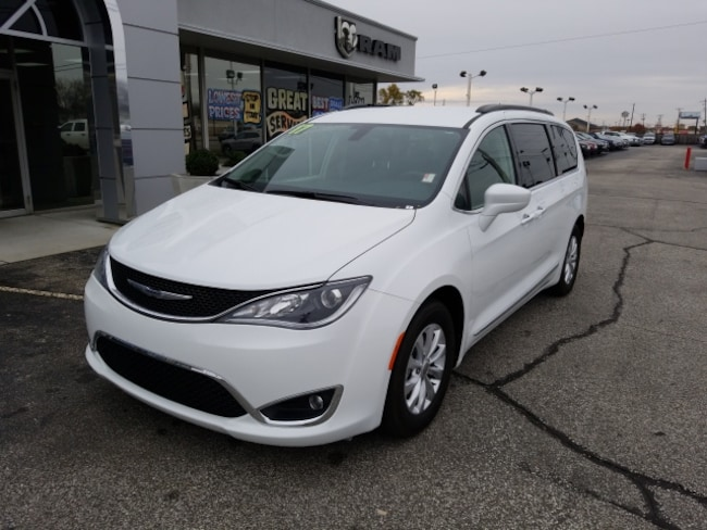 Used 2017 Chrysler Pacifica Touring L For Sale Terre Haute In