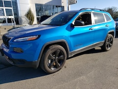 Used 2017 Jeep Cherokee Sport 4x4 SUV 1C4PJMAB2HW609795 17069A for sale in Manorville