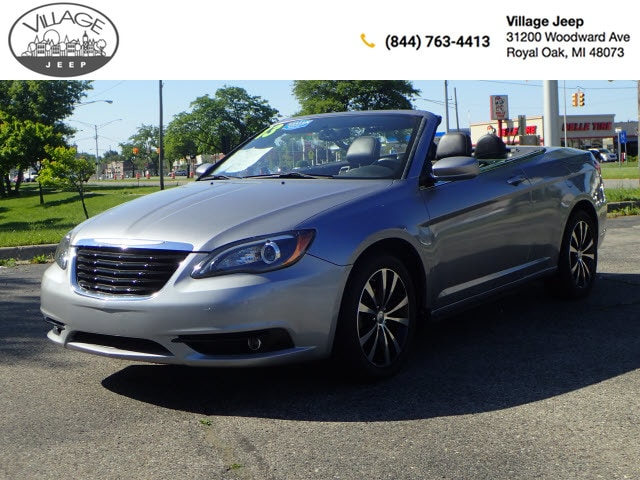 2013 Chrysler 200 S Convertible