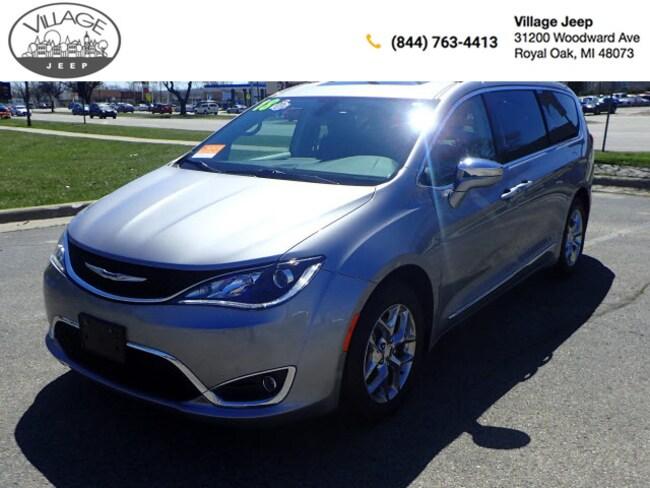 2018 Chrysler Pacifica Limited Van