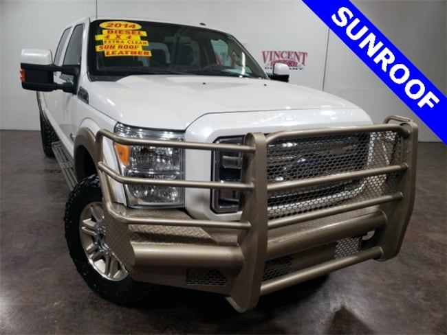 2014 Ford F-350SD King Ranch Truck