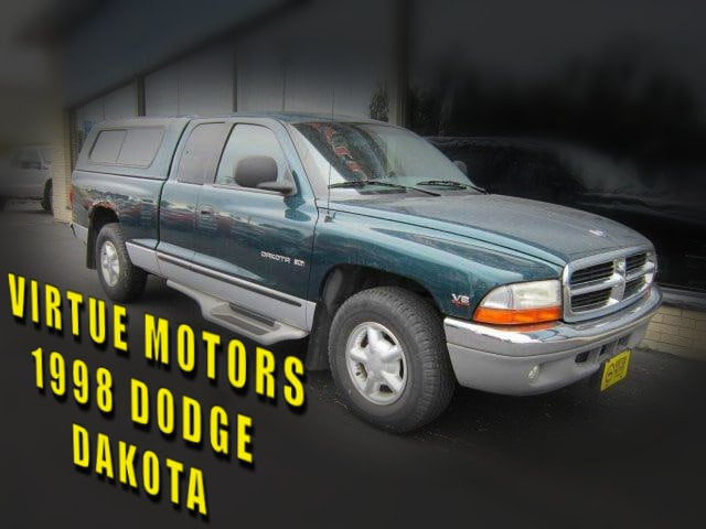 1998 Dodge Dakota SLT Extended Cab Short Bed Truck