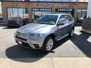 2012 BMW X5 xDrive35d (A6)/NAVIGATION/PANO ROOF/B UP CAMERA