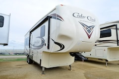 New 2019 CEDAR CREEK SILVERBACK 29IK in Acheson, AB
