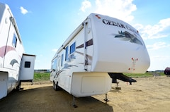 Used 2007 CEDAR CREEK 34SATS in Acheson, AB