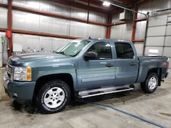Used Vehicles for sale 2008 Chevrolet Silverado 1500 LT1 4x4 Crew Cab 5.75 ft. box 143.5 in. WB Truck Crew Cab in Wahpeton, ND