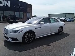 Used Vehicles for sale 2018 Lincoln Continental Reserve All-wheel Drive Sedan in Wahpeton, ND
