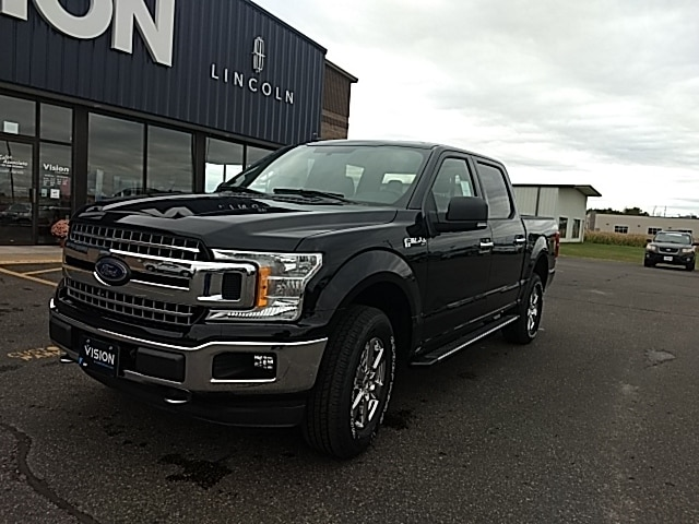2018 Ford F-150 XLT 4x4 SuperCrew Cab Styleside 5.5 ft. box 145 in Truck SuperCrew Cab