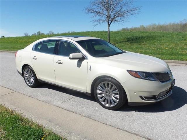 2016 Lincoln MKS Front-wheel Drive Sedan