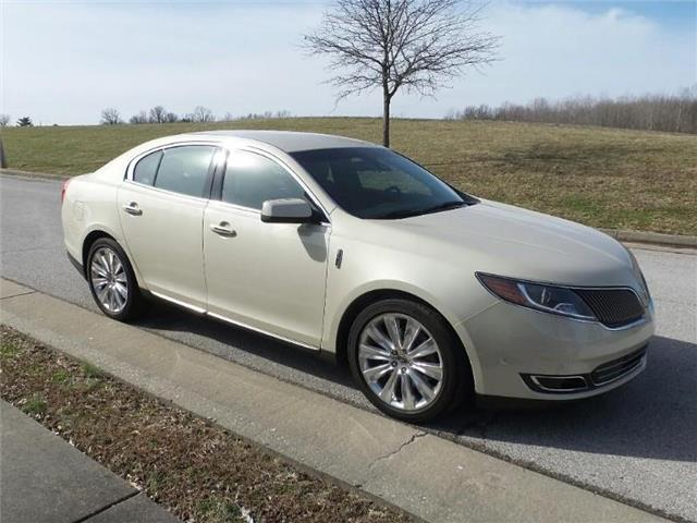 2015 Lincoln MKS EcoBoost All-wheel Drive Sedan